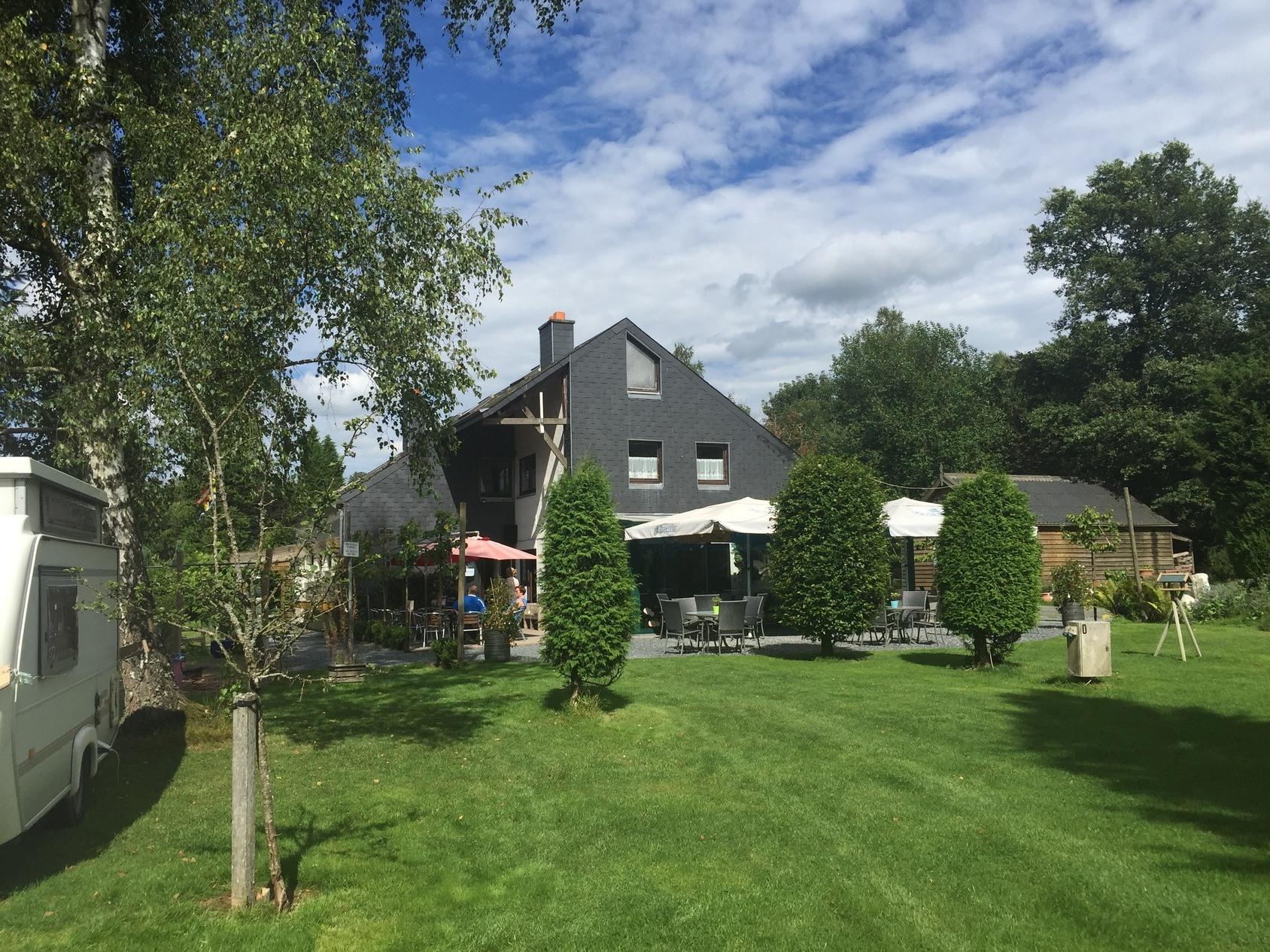 Belgie-Neufchateau-Vodatent-ExtraLarge Campings België