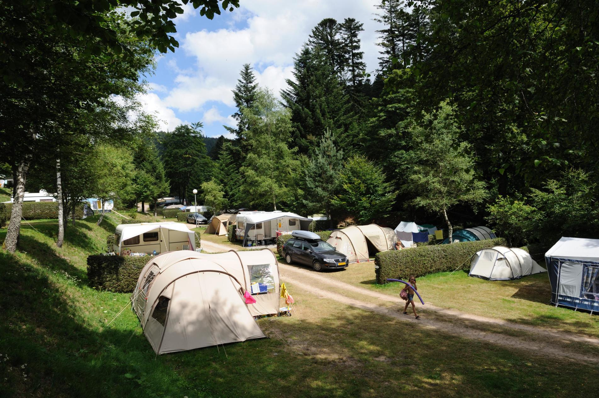 camping belle hutte lotharingen frankrijk anwb camping. Black Bedroom Furniture Sets. Home Design Ideas
