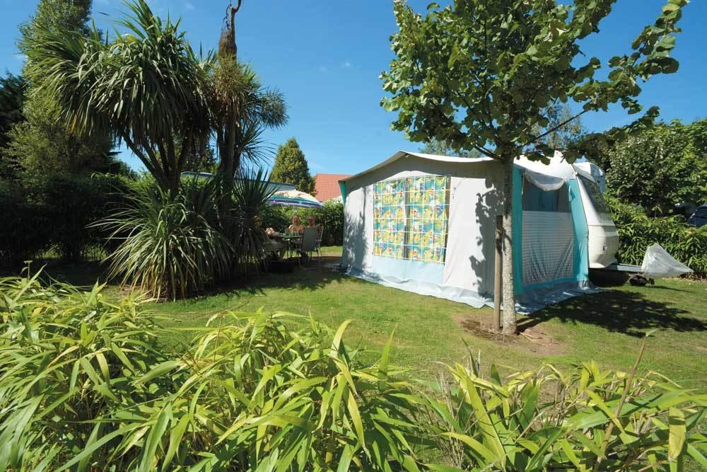 sandaya camping la c te de nacre laag normandi frankrijk anwb camping. Black Bedroom Furniture Sets. Home Design Ideas