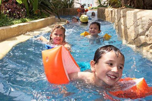 Camping Castel Les Ormes, Domaine & Resort