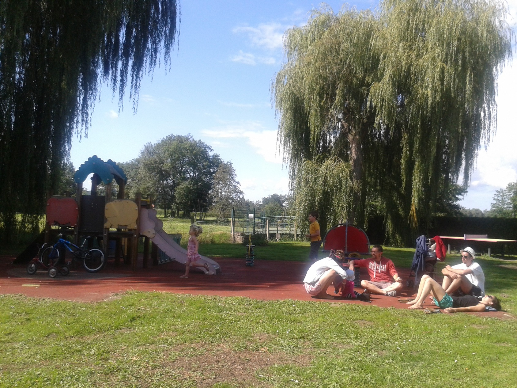 Camping De La Porte D'arroux