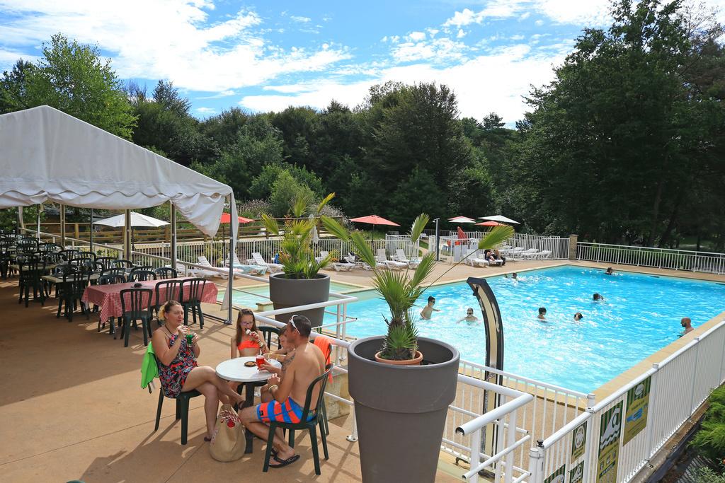 Camping Campéole Le Coiroux in Aubazine - Correze, Frankrijk foto 8290832
