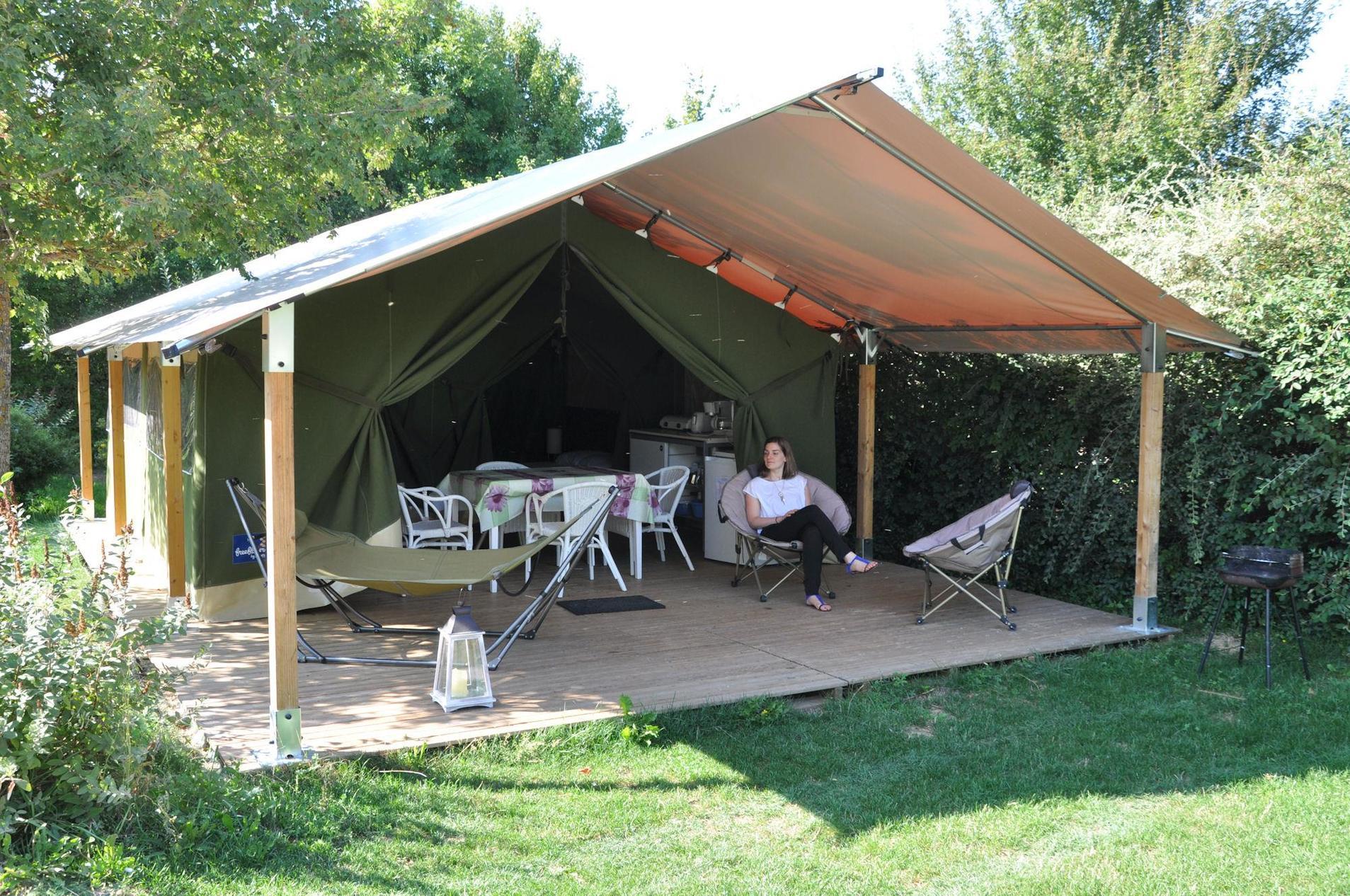 Yelloh! Village Camping La Grange De Monteillac