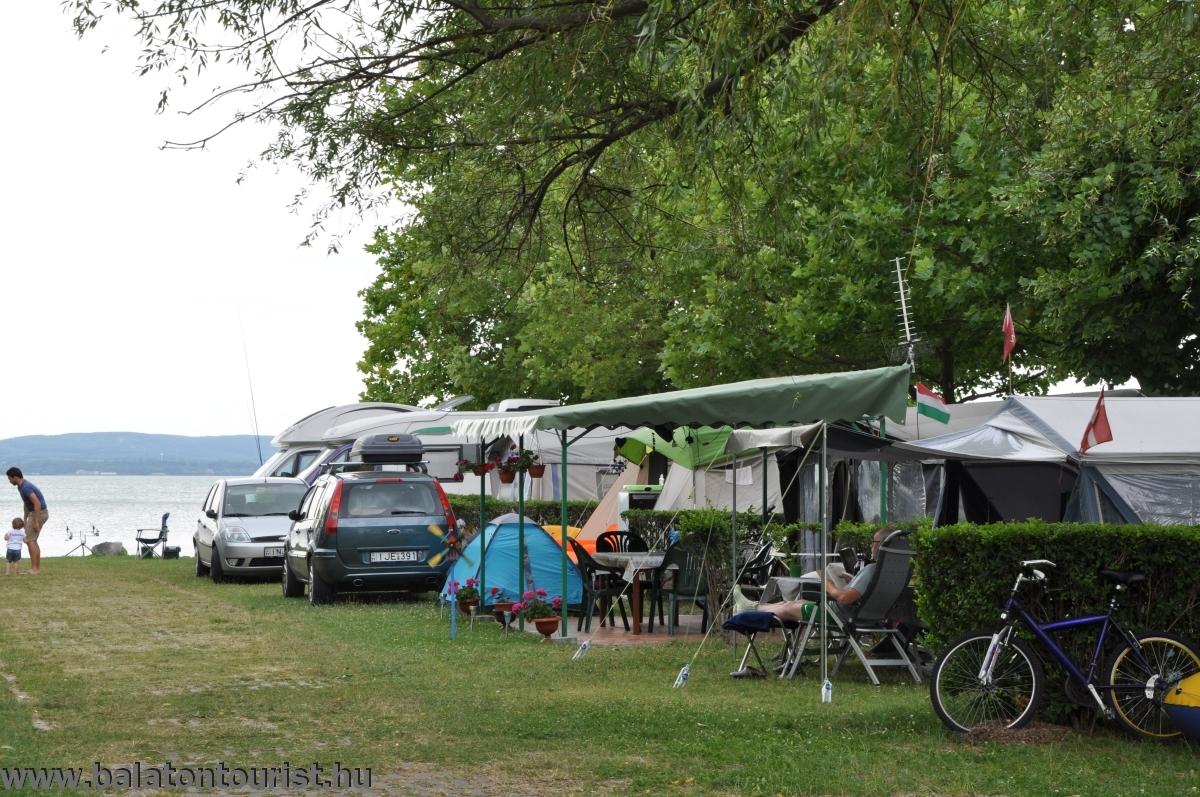 Balatontourist Camping Strand-holiday