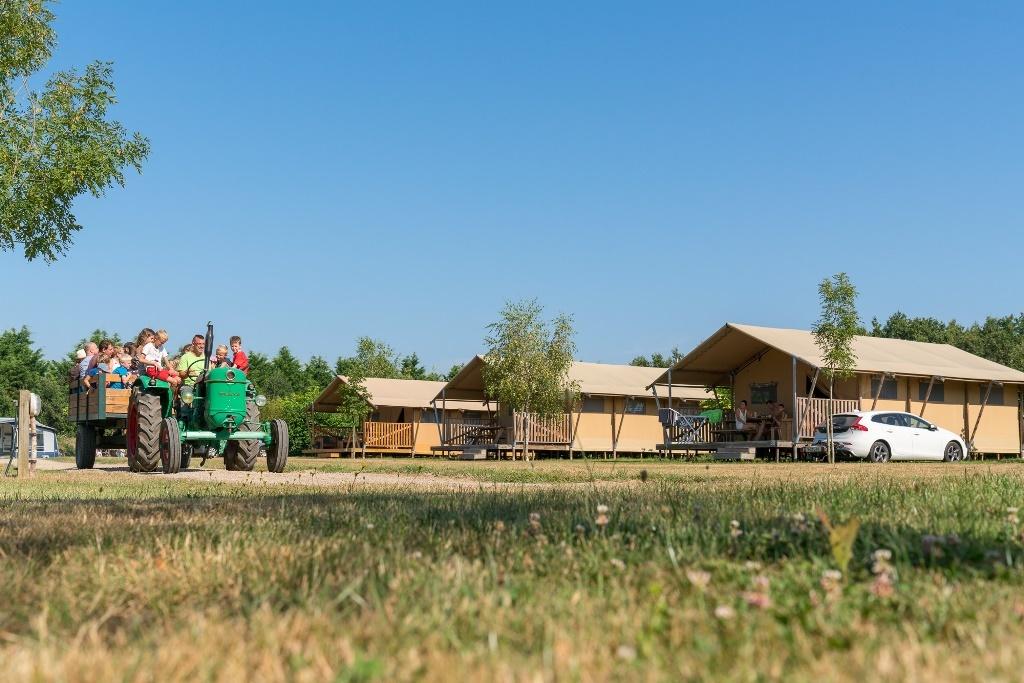 Frankrijk-SaintJuliendesLandes-Village%20de%20la%20Guyonniere-ExtraLarge Campings Frankrijk
