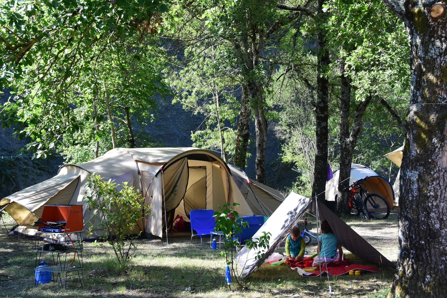Camping Sites Et Paysages La Source Du Jabron