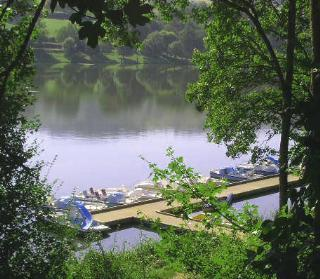 Camping Le Lac de Saint-Point Lamartine