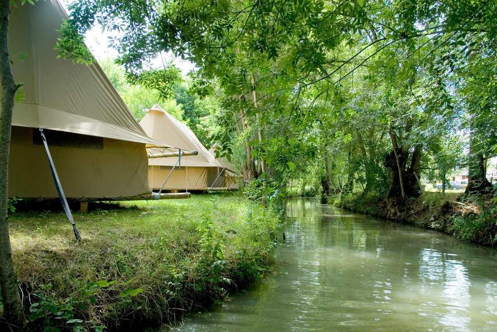 Camping Le Lidon in Saint-Hilaire-la-Palud - Deux-Sevres, Frankrijk foto 8300507