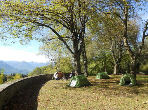 Camping Pyrenees Emotions