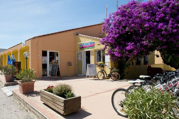 Chadotel Camping Le Roussillon